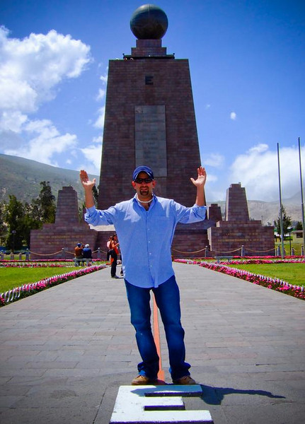 Troy Floyd in Quito, Ecuador: FOGGodyssey.com