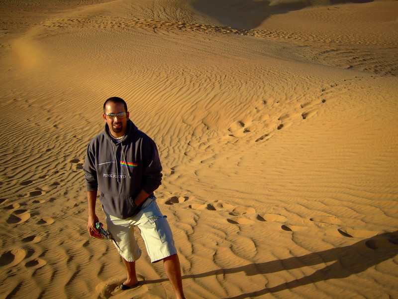Troy Floyd in the sands of Dubai, UAE: FOGGodyssey.com